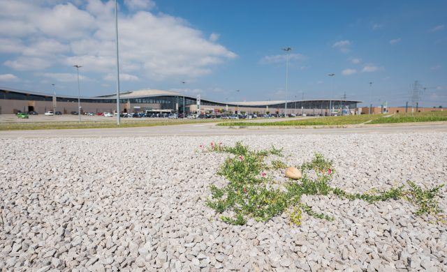 Parkplatz Einkaufszentrum bei Wien